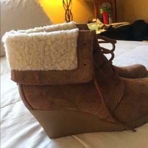 Boots nautica women size 8 brand new in box